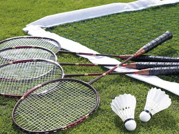 Explorefy Helps You Discover Outdoor Activities Badminton Set Badminton Outdoor Comfort