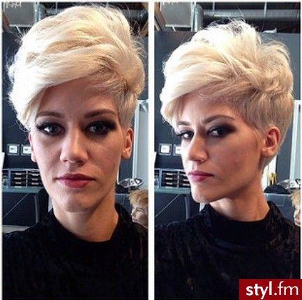 Blond Rozpuszczone Proste Z Grzywką Wieczorowe Krótkie