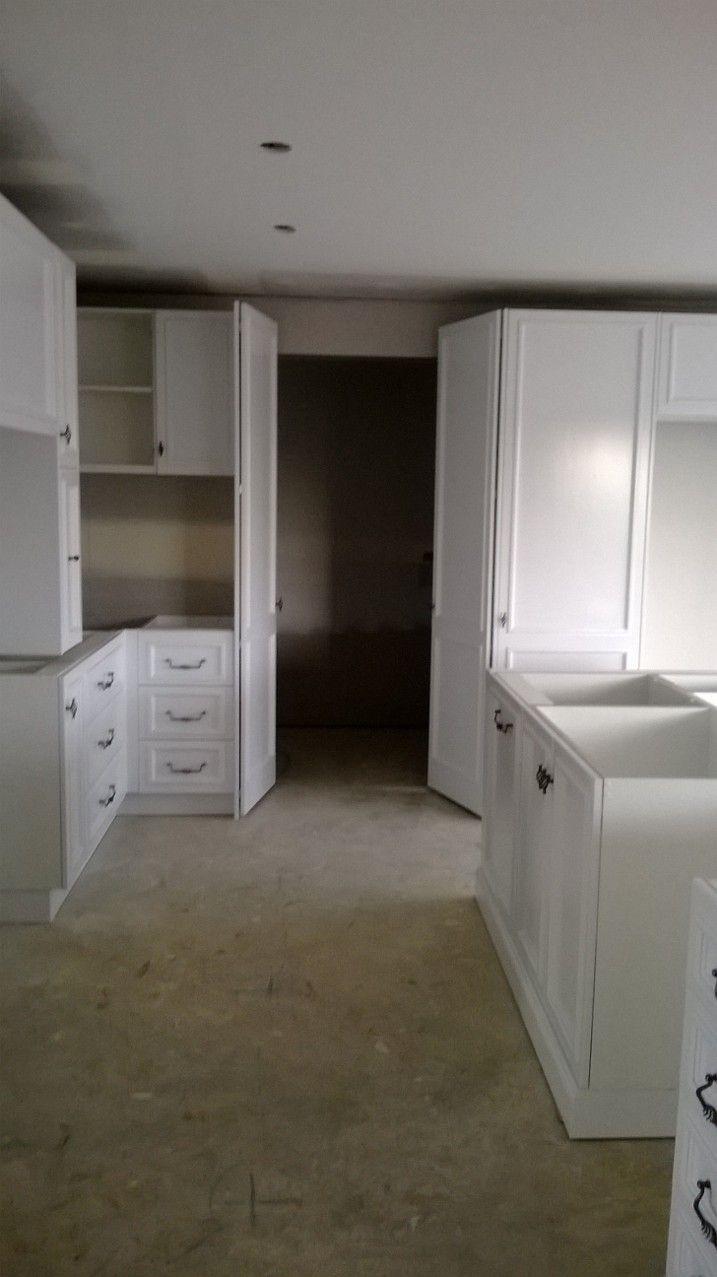 5 8 2015 Walk Through Into Butlers Pantry 4m X 2m Kitchen Accessories Decor Kitchen Room Design Kitchen Decor Modern