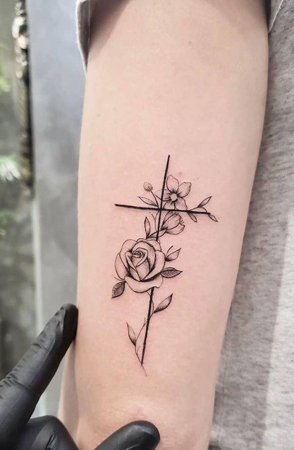 Photo of 100+ Pretty Tiny Tattoo Design für Frauen – Seite 51 von 106 – Fashionsum Blog …