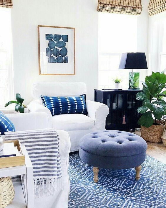 22 Comfy Rug To Make Your Home Look Outstanding With Images Blue And White Living Room Blue Living Room