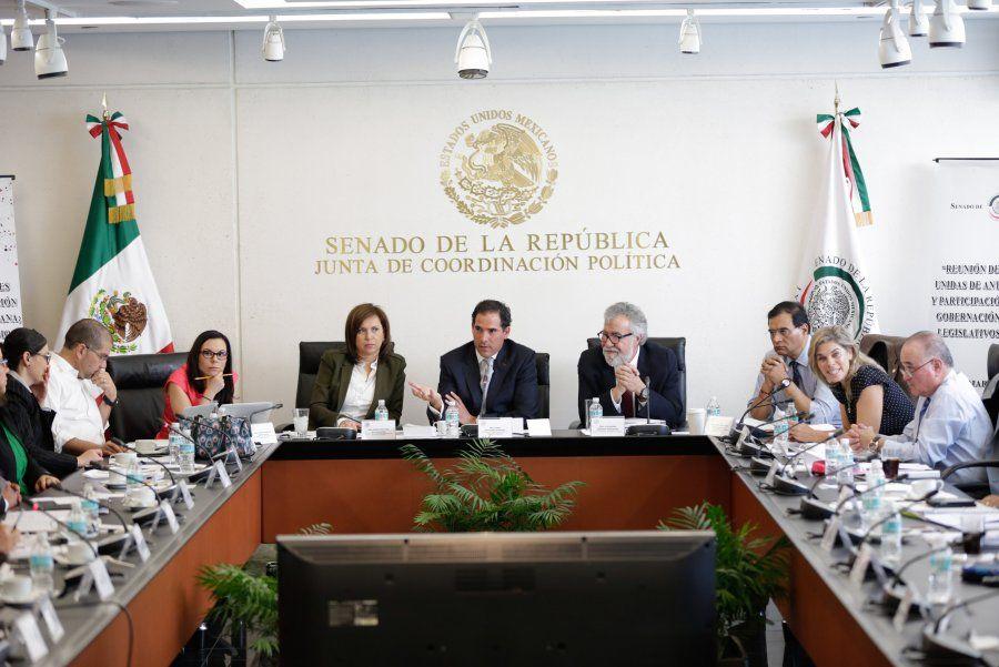 Analizan senadores, gobierno federal y organizaciones civiles ley de transparencia