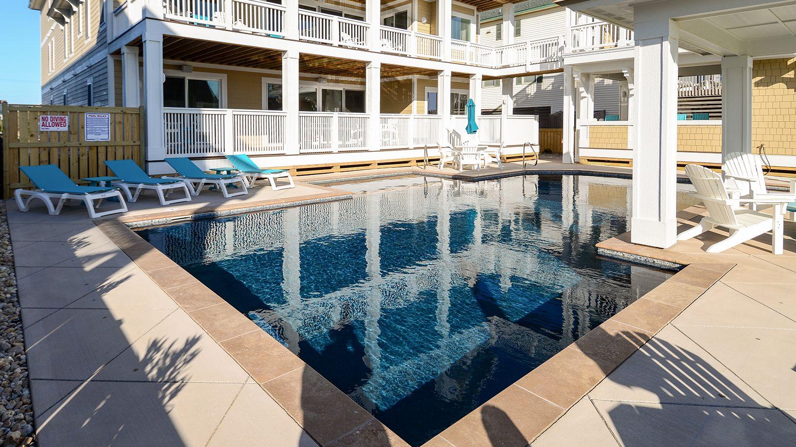 Atlantis oceanfront vacation rentals outdoor living