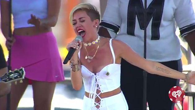 OMGodness Miley Cyrus rompe en llanto al interpretar 'Wrecking Ball'!!!