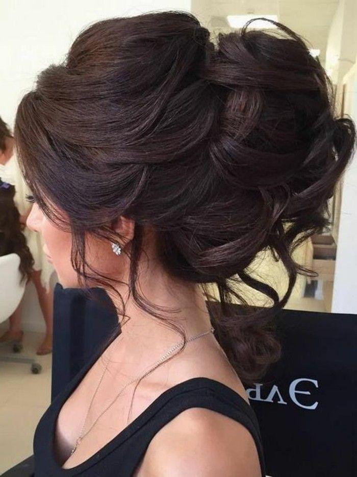 8-frisuren-frauen-hochsteckfrisur-lange-braune-lockige-haare ...
