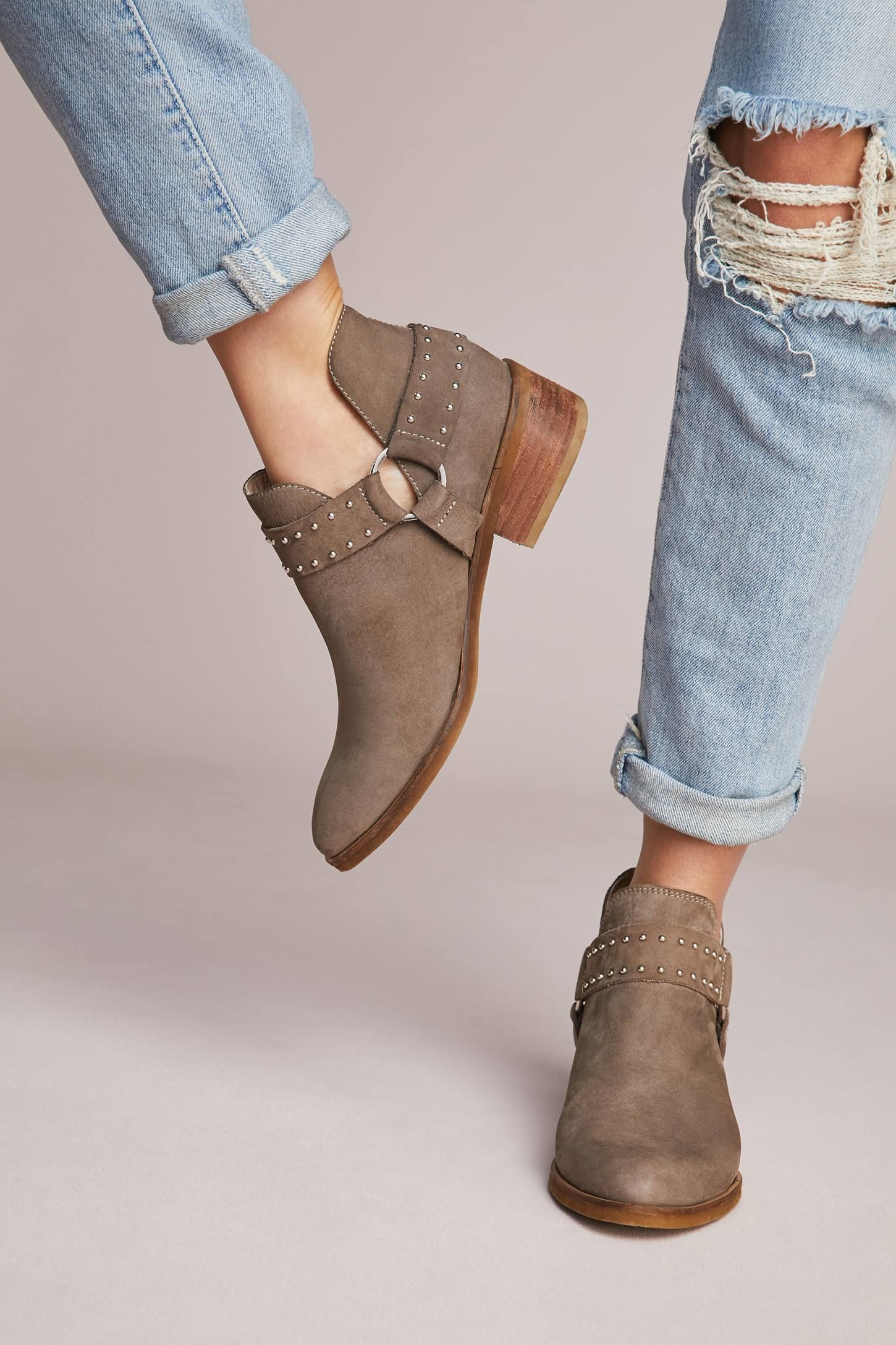 Kaanas Leon Ankle Boots