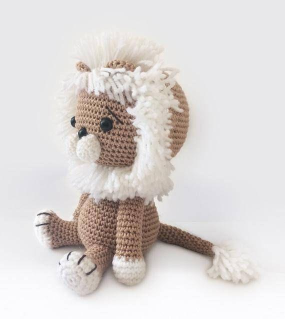 Amigurumi Crochet Lion Pattern Lav the Lion Softie Plush | Bichos ...