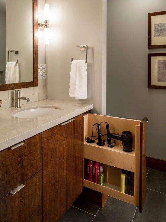 Wel Aranged Bathroom Storage Solutions Bathroom Design Bathroom Decor