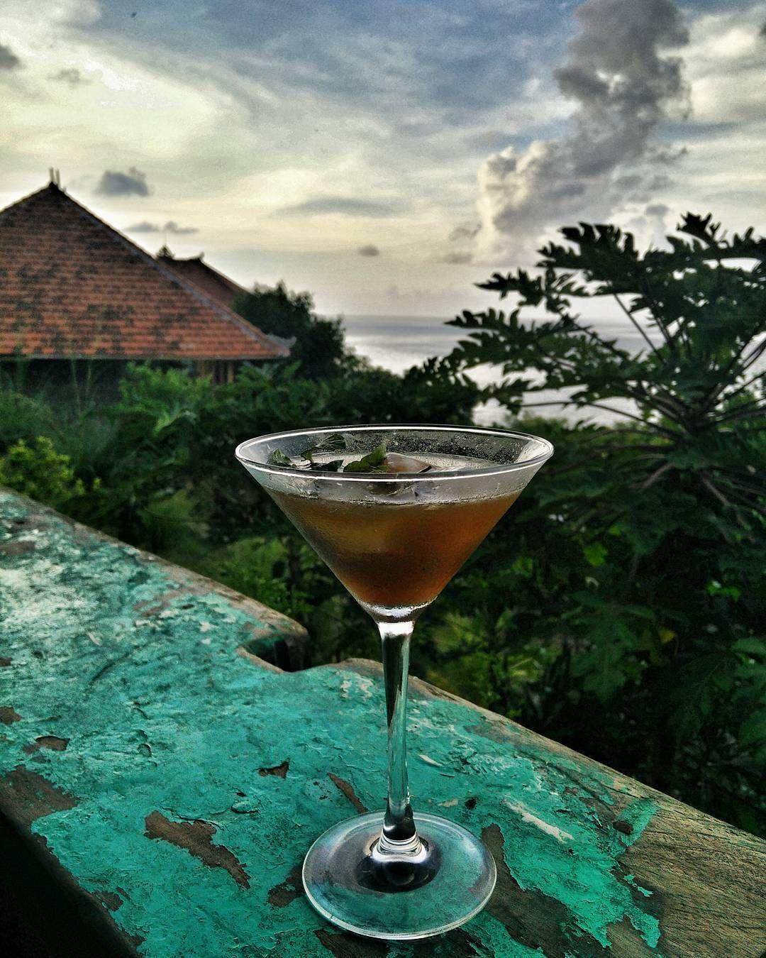 first drink @balilabeachresort ...this place is sooo amazing! #proudofmysis #indonesia #bali #amed #ecoresort #yoga #yogaresort #rawfood #organic #organicliving #beach #eco #gönnereihochzwei by dahiaz