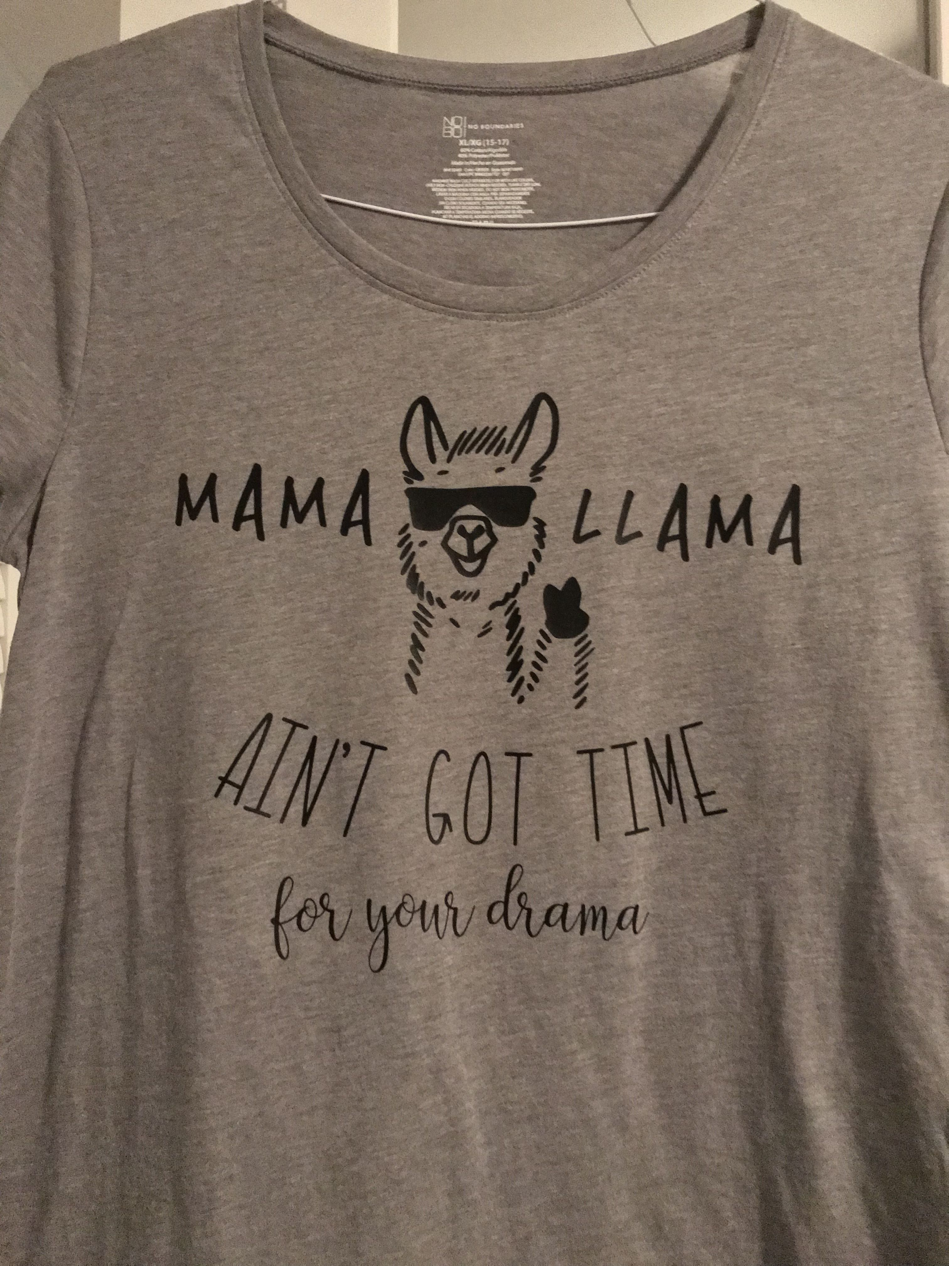 e3d5c2fdd Mama Llama shirt | Diy shirts | Llama shirt, Shirts, Diy shirt