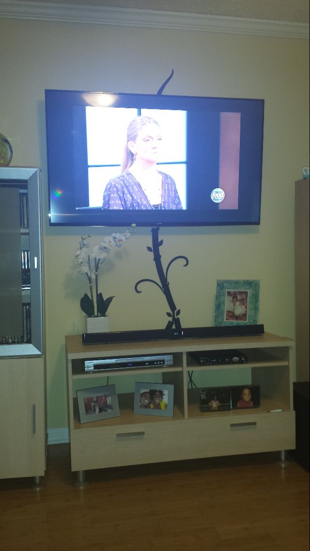 Cord cover raceway | Hide tv wires without cutting holes or drilling ...