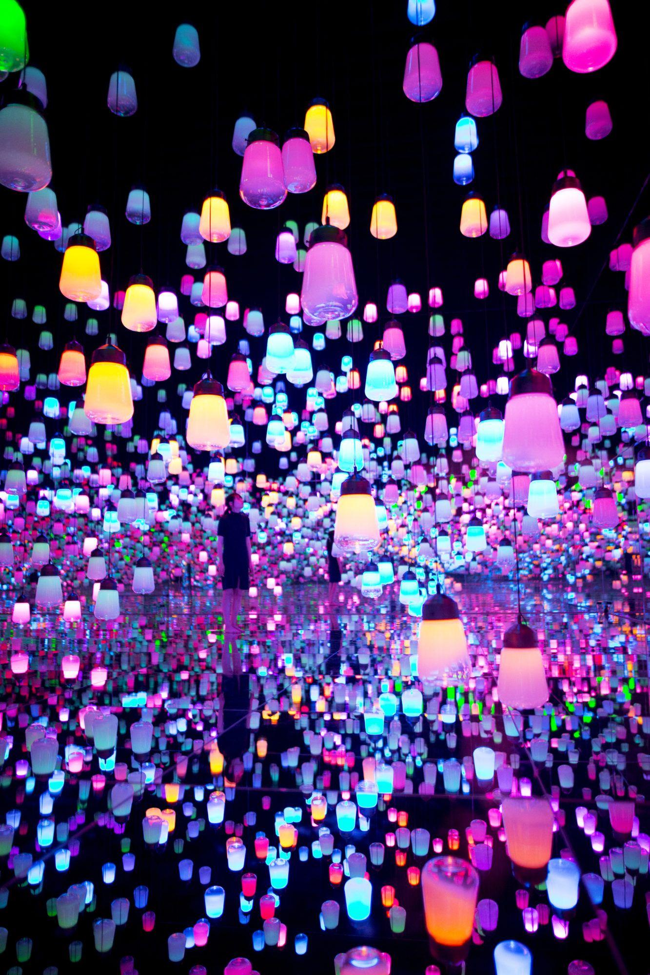 Life Styled By Stacy Garcia Teamlab S Borderless World In 2020 Tokyo Art Digital Art Design Tokyo Design