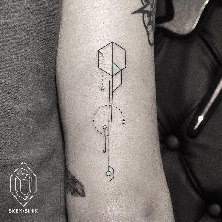 Punkt Tattoo