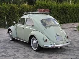 1966 Sea Foam Green Volkswagen Bug Slammed With White Wall Wheels And Luggage Rack Now Where S The Vintage Suit Volkswagen Beetle Volkswagen Volkswagen Bug