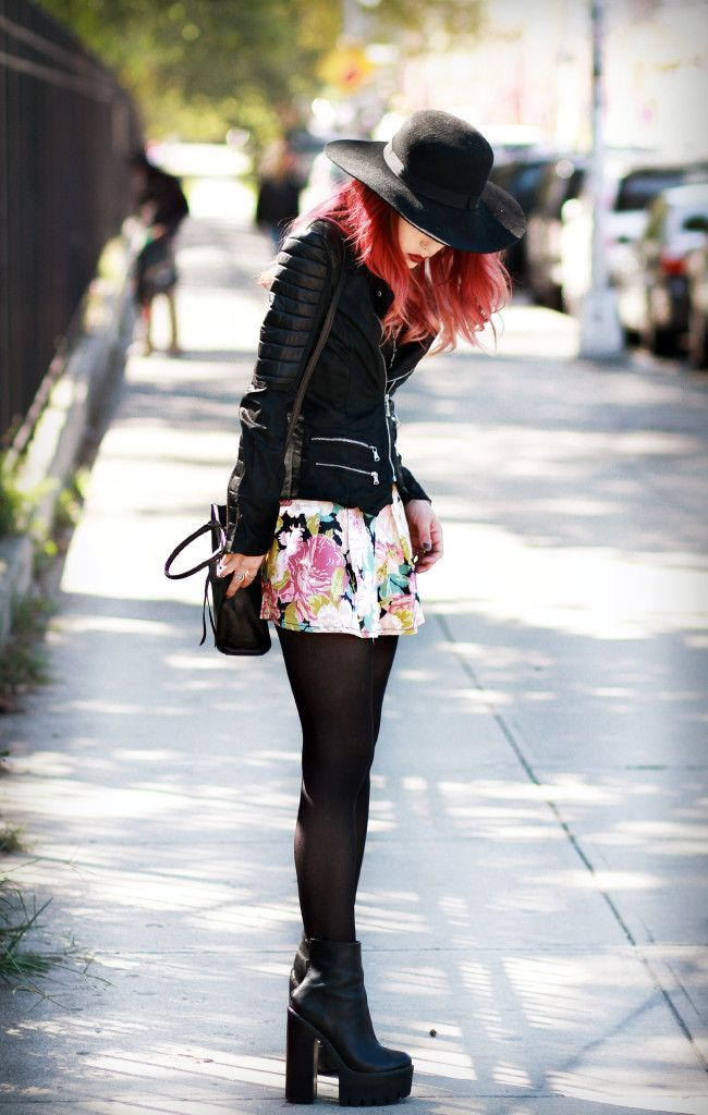 This outfit is outstanding. The mini skirt over leggings is such a marvel idea. The very pretty ...
