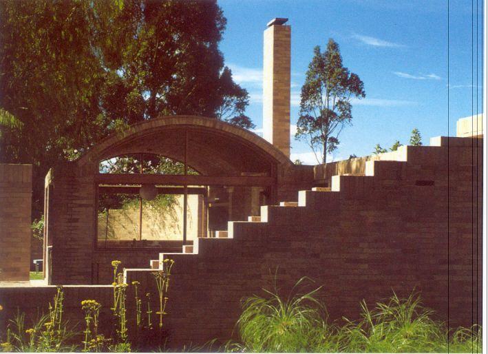 Casa en rio frio cota cundinamarca colombia rogelio for Arquitectos colombianos