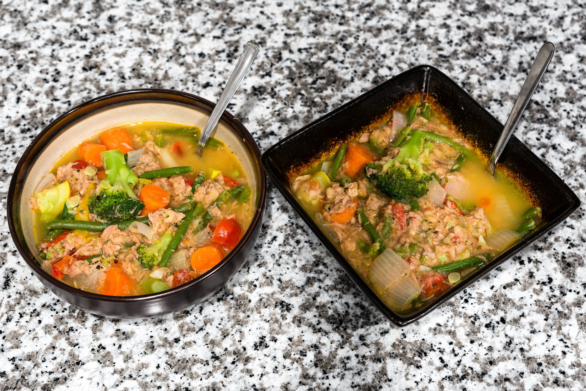Flavor Amp Filling Tuna Veggie Soup Only 240 Calories