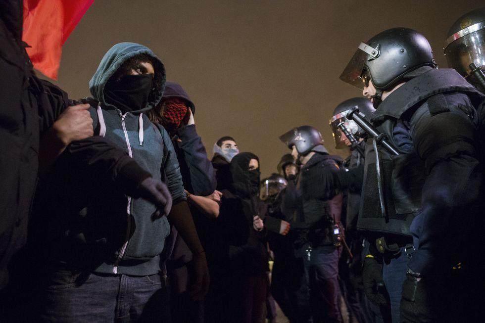 Manifestantes en Madrid apoyan la lucha de Gamonal