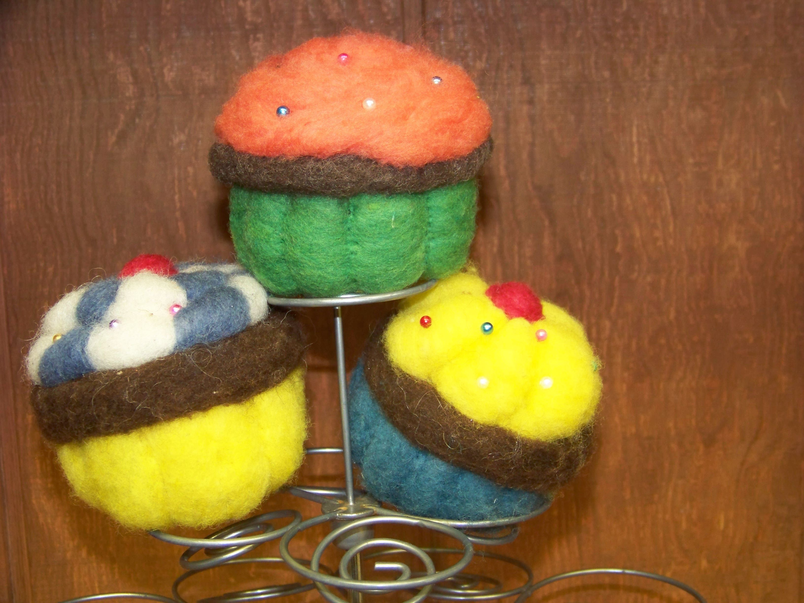 Felted Wool Cupcakes Kit...very quick