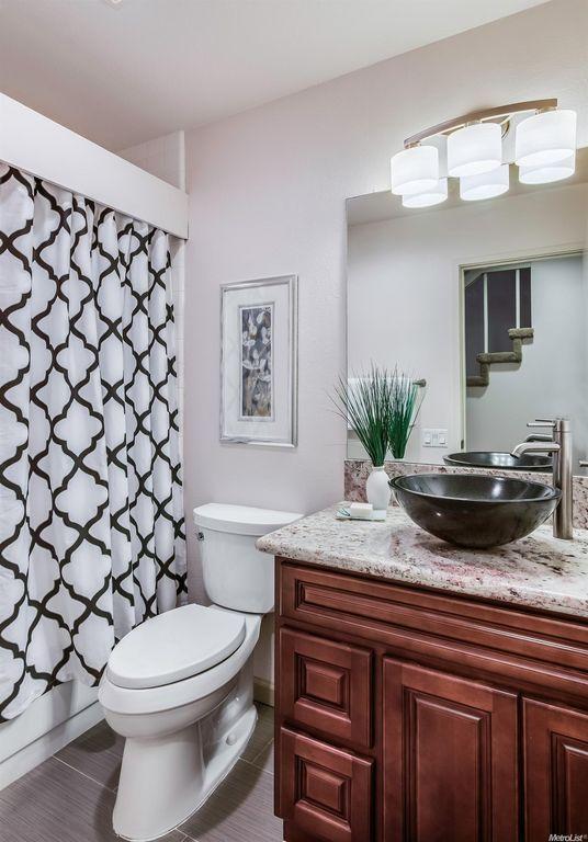 Design Ideen Für Badezimmer #Badezimmer #Büromöbel #Couchtisch #Deko Ideen  #Gartenmöbel #
