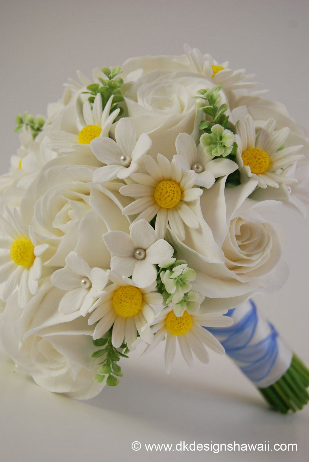 DK Designs: Simple Flowers = A Simply Beautiful Bridal Bouquet ...