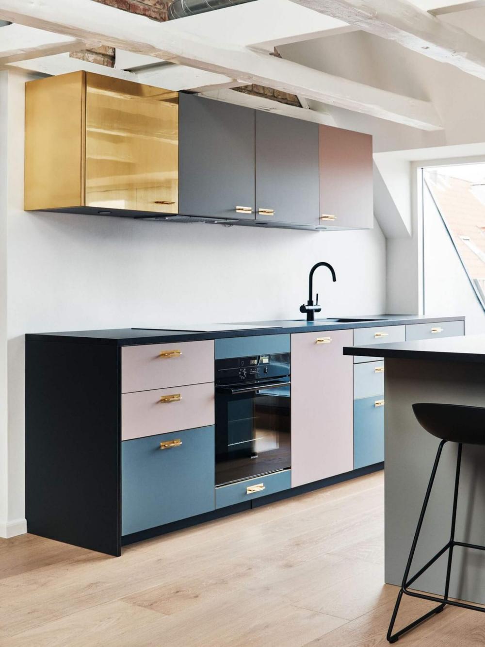 Ikea Hack Comment Customiser Une Cuisine Ikea Frenchy Fancy En 2020 Placard Cuisine Caisson Cuisine Cuisines Design