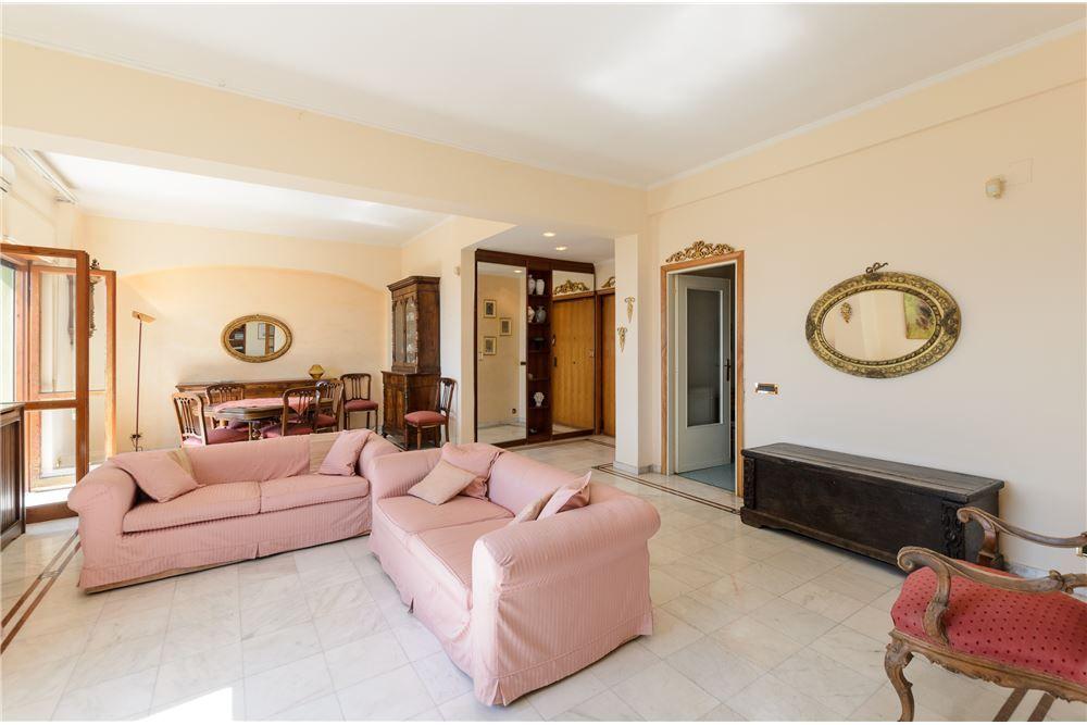 144 MQ * Appartamento In vendita, 2 Camere da letto