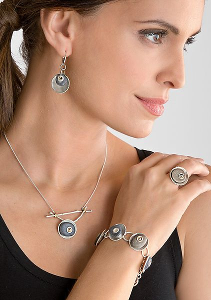 Photo of Connie Ulrich Jewelry Artist | Artful Home