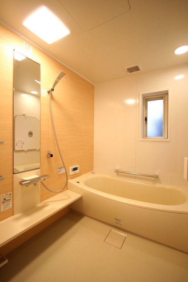 浴室 上 井櫻 白 的釘圖