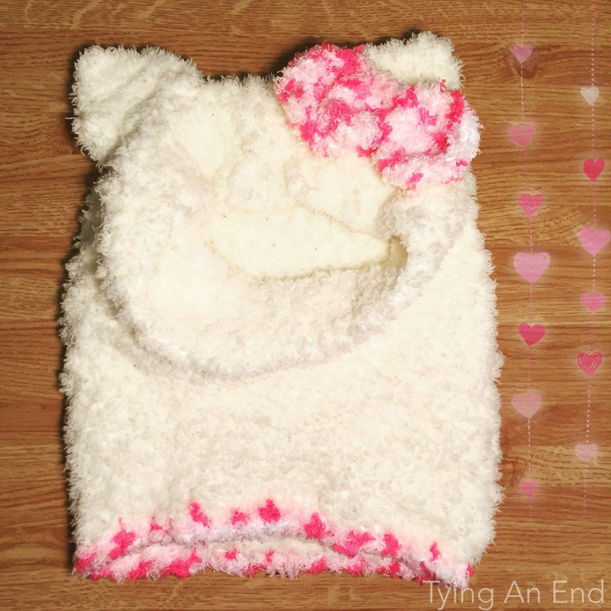 FREE PATTERN] Crochet this adorable Hello Kitty Snood for upcoming ...
