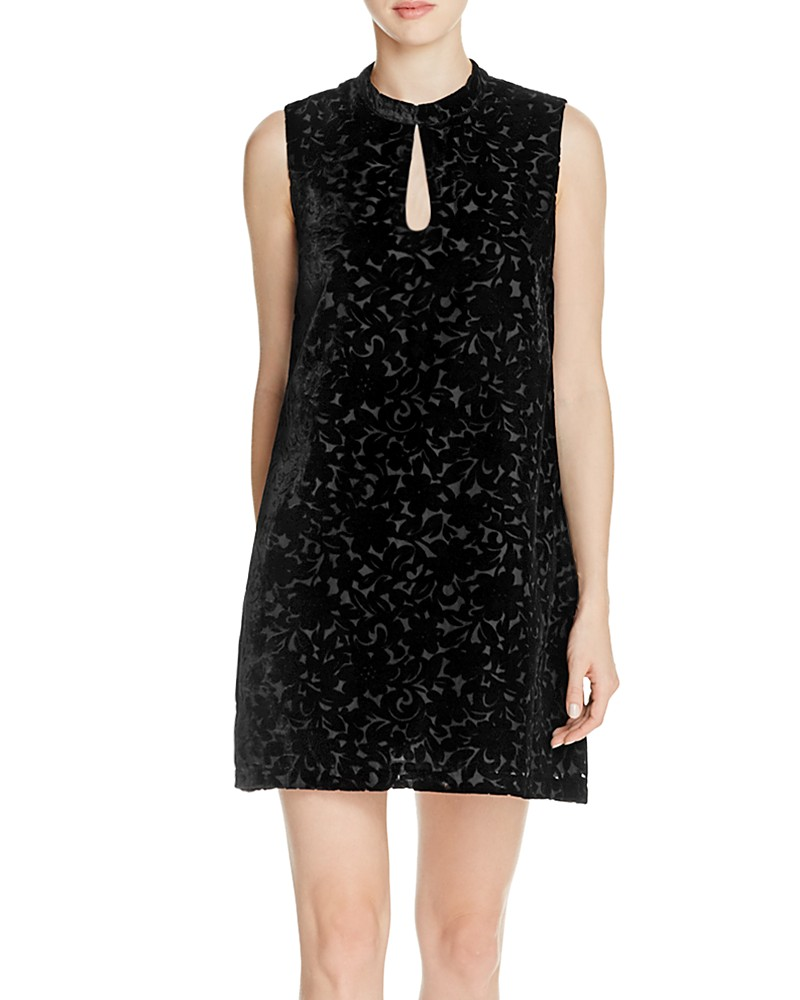 64.40$  Buy here - http://viezo.justgood.pw/vig/item.php?t=8frm7d41399 - cupcakes and cashmere Juke Velvet Shift Dress 64.40$