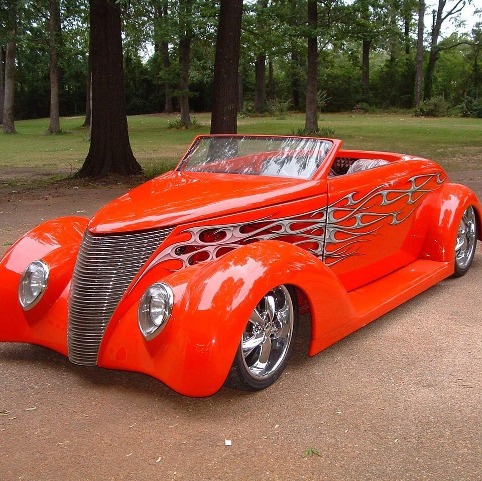 Love This Awesome Classic Car!!