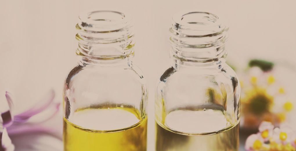 Dans ce domaine – celui du ménage -, le plus difficile est souvent de changer ses habitudes. Alors voici un éventail de plusieurs gestes, du plus facile à mettre en place au plus engageant. A vous de picorer les gestes qui vous conviennent. Vous profiterez ainsi des parfums délicieux des huiles essentielles (sans les polluants …