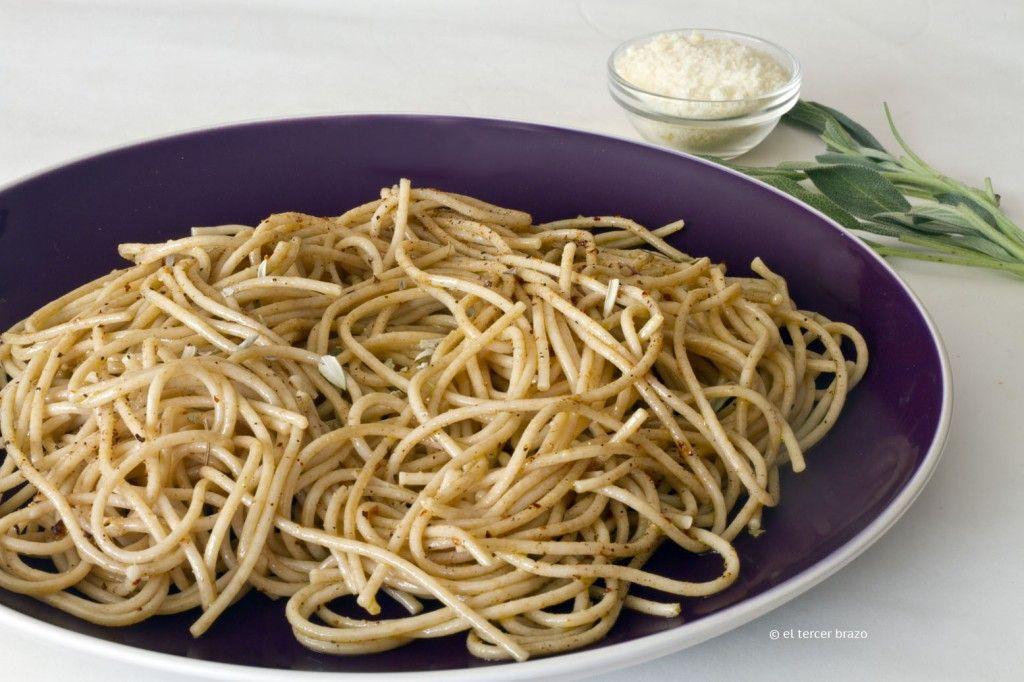 Espaguetis a la salvia