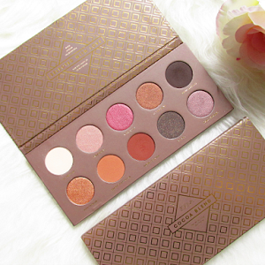 Swatches, Review: Cocoa Blend Eyeshadow Palette from Zoeva Cosmetics