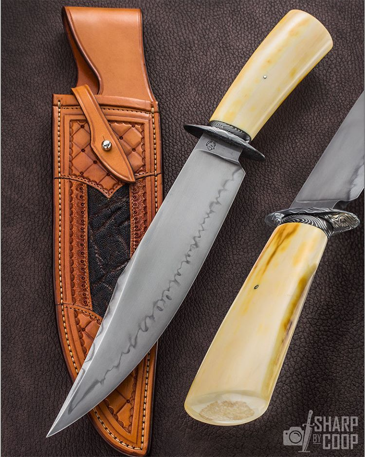 """""""Mi piace"""": 3,022, commenti: 16 - Jim Cooper -  Photographer (@sharpbycoop) su Instagram: """"He's been nicknamed 'The Pope of Ivory' and @DonHansonKnives deserves that stature. Those of us who…"""""""