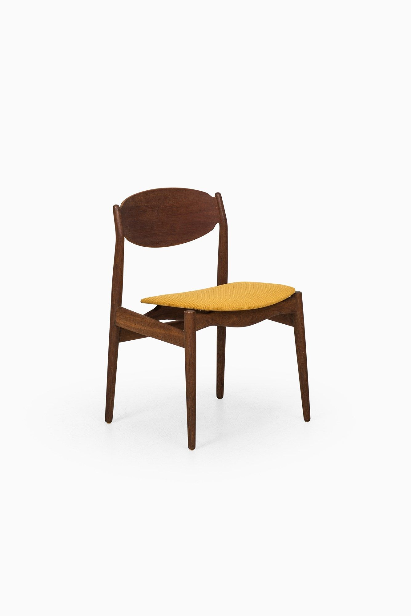 erik buck chairs power lift chair rental dining 海盐 house by vamo at studio schalling
