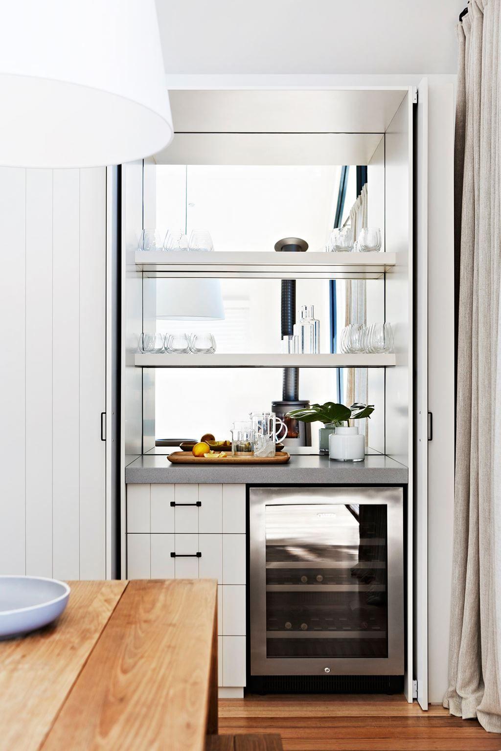 Interior designer Terri Shannon lights up Melbourne home | Dining ...