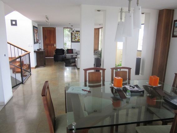 Casa En El Trebol Area 300 Mts2 Construidos 1100 Mts2 Sin Construir 3 Habitaciones 3 Banos Sala Comedor Inde Patio Cubierto Casas Decoracion De Interiores