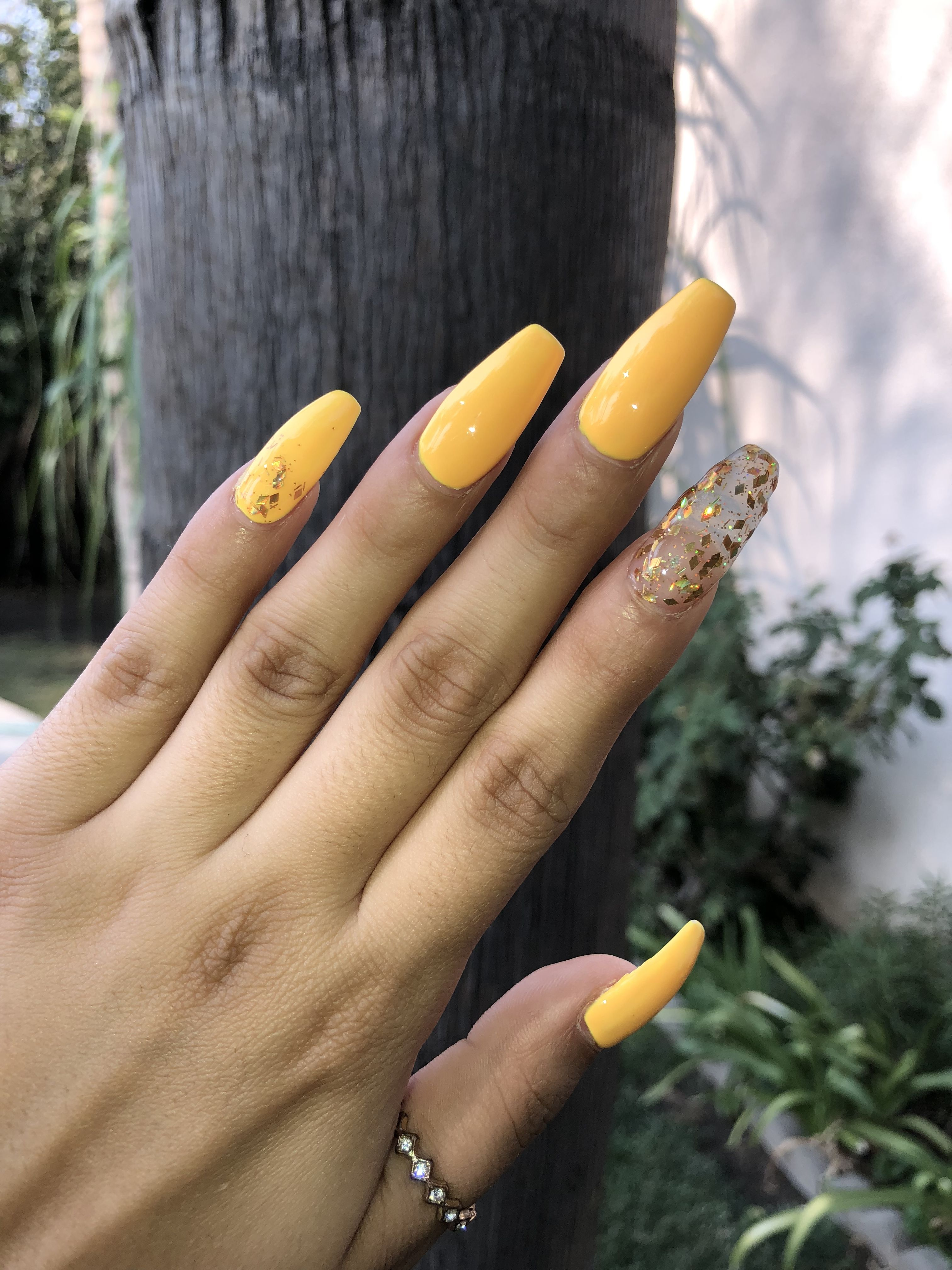 Yellow Coffin Nails Clear Glittery Nail Gold Glitter Long Coffin Nails Glittery Nails Gold Nails Coffin Nails Long