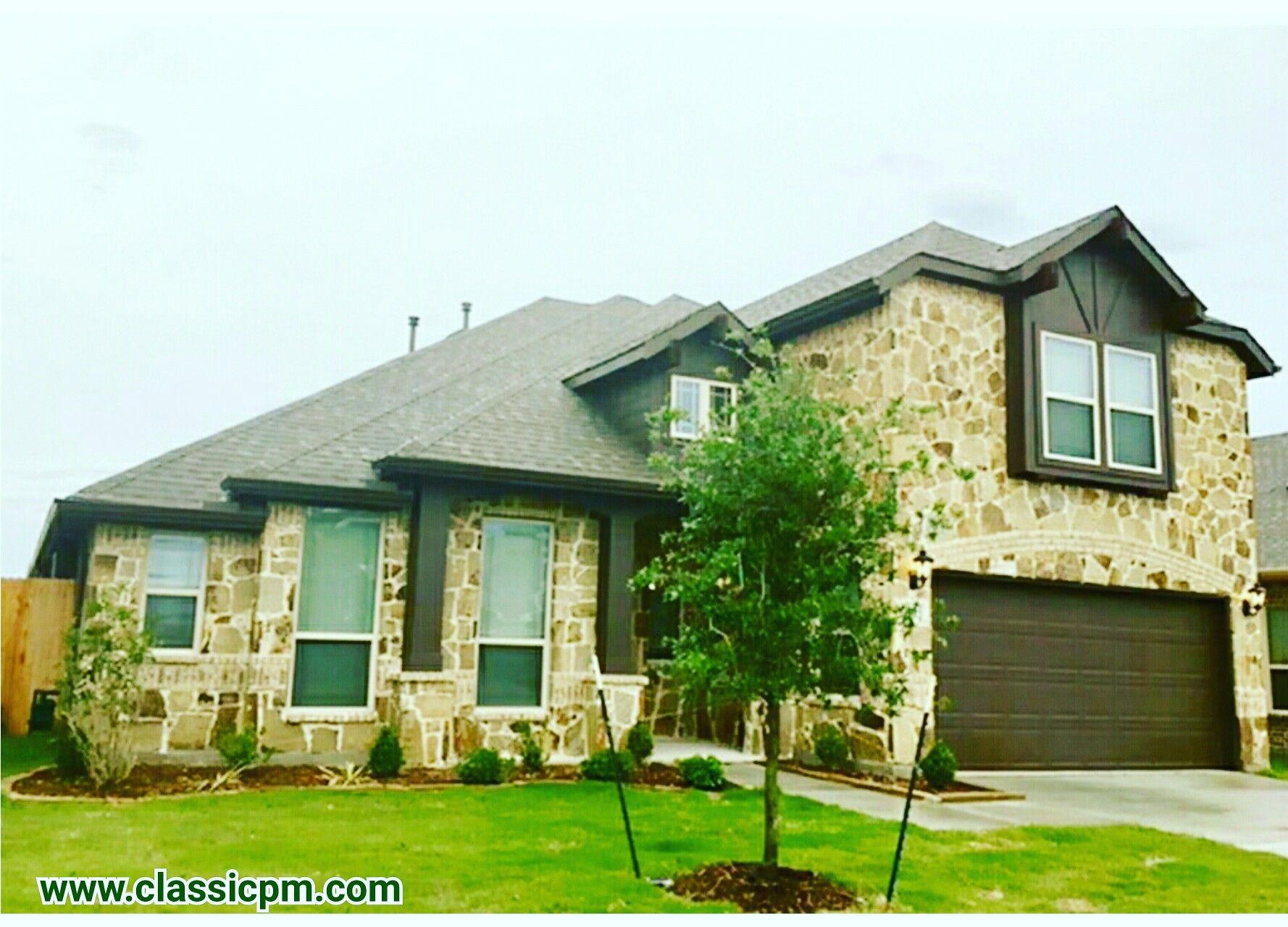 1301 Roadrunner Drive Little Elm, Texas 75068 374,500