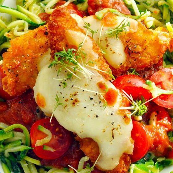 Kabak spagetti ile gevrek gevrek tavuk bonfile Kabak spagetti ile gevrek gevrek tavuk bonfile