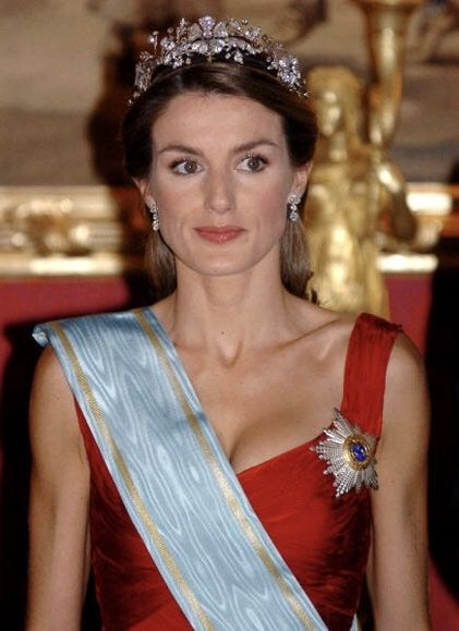 Queen Letizia of Spain wearing Queen Sofia's Mellerio Floral Tiara