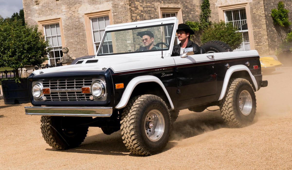 A Closer Look At The Vintage Ford Bronco In Kingsman Golden 1980 Frame Circle American Made
