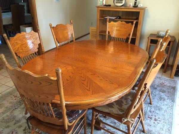 Solid Oak Oval Round Dining Room Set W 6 Chairs Table Is 48 Round That Opens Up To A 6 Ft Ov Round Dining Room Sets Round Kitchen Table Dining Room Furniture
