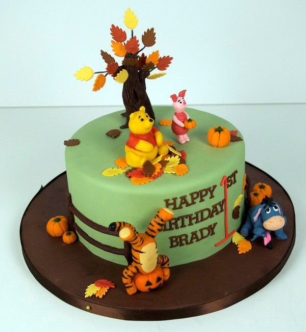 Winnie The Pooh Cakes Parties Pinterest Bear cakes Cake and