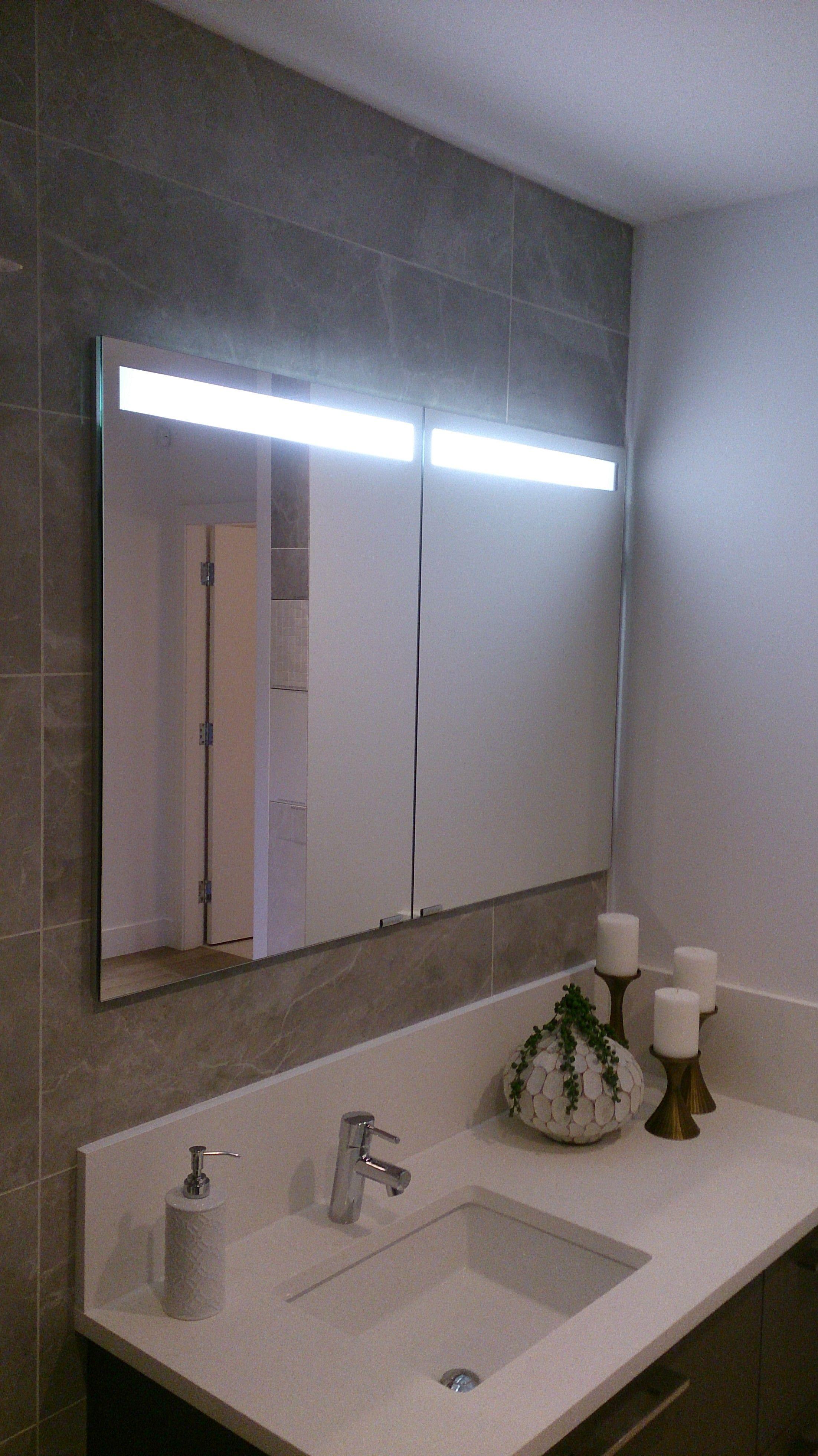 47 Wide Double Door Sidler Diamando Medicine Cabinet With Built In