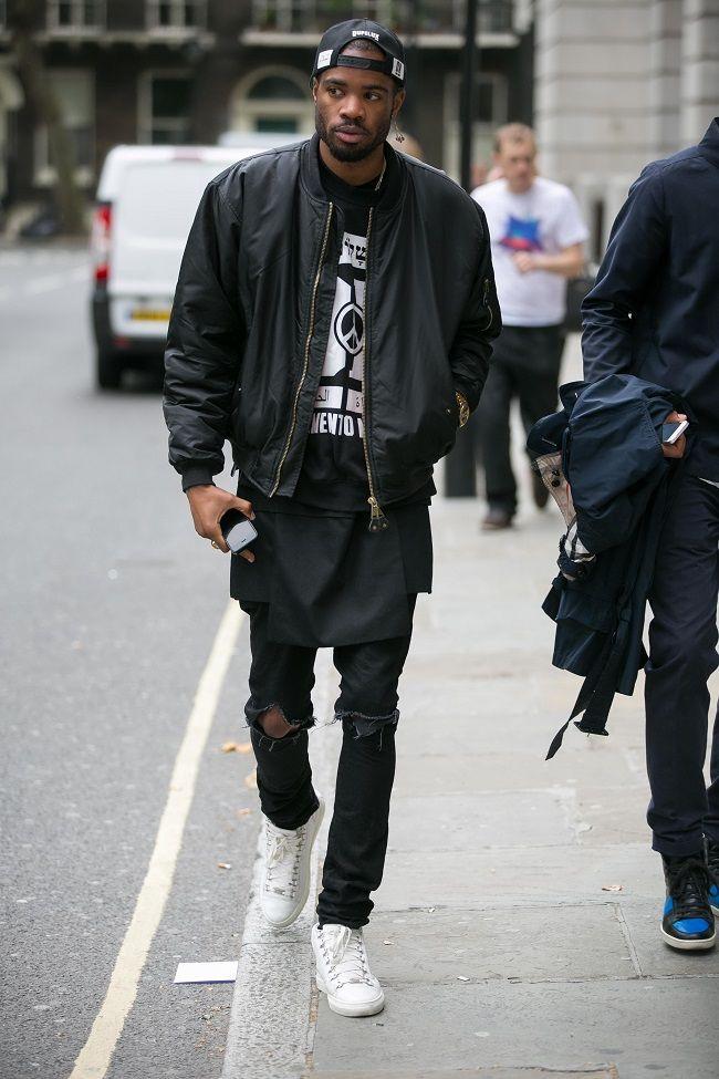 a919041be8f Street Style London Pour les points communs Avec t-shirt moins long et  pantalon +large