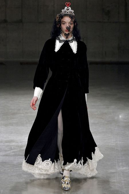 FALL 2013 READY-TO-WEAR  Meadham Kirchhoff