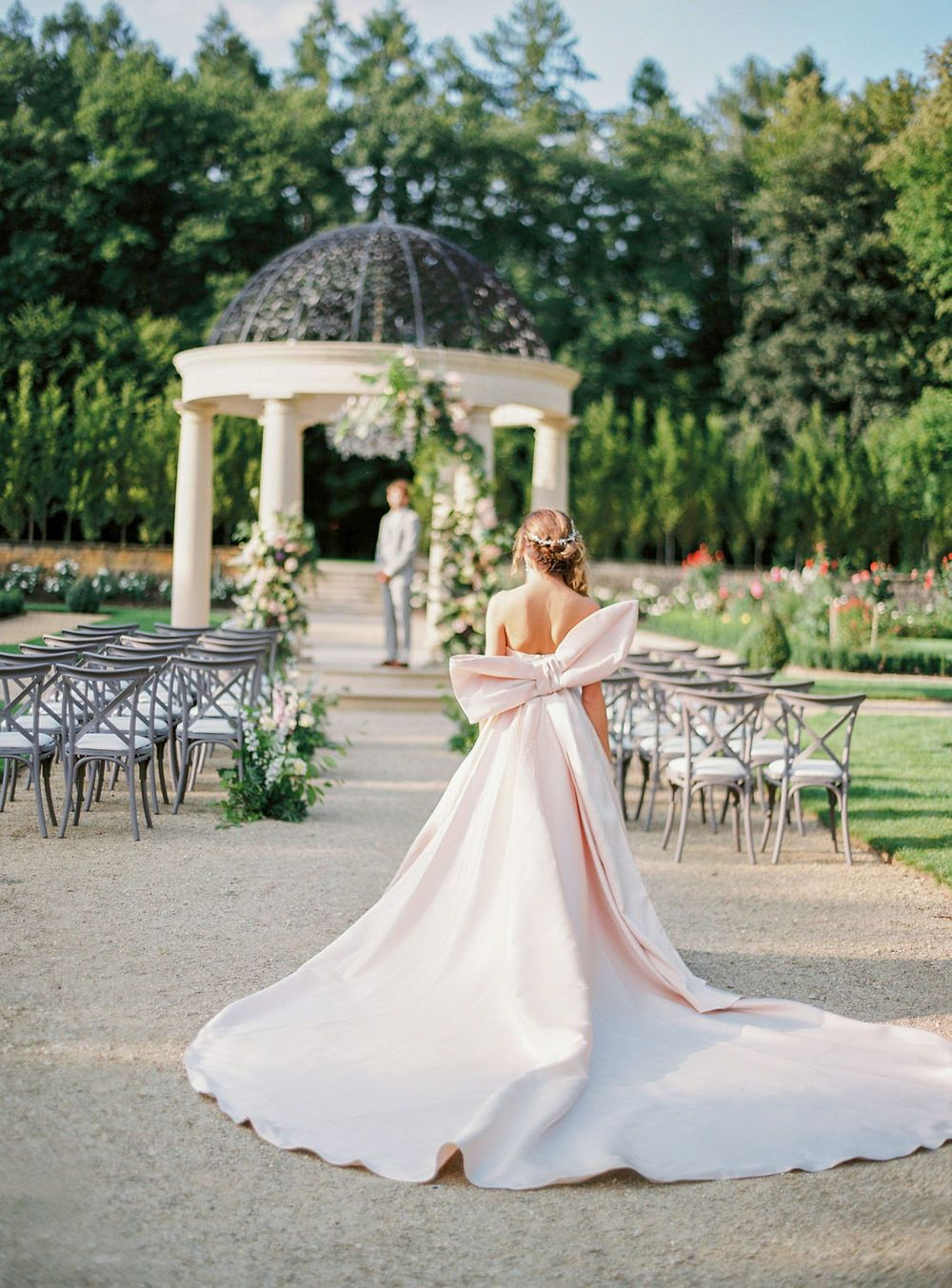 6d2902c5cc8 This European garden wedding inspiration looks straight out of a fairytale